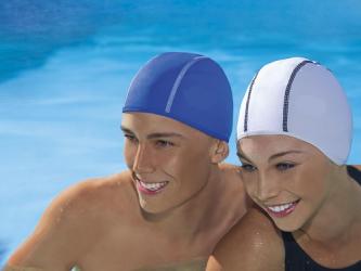 Как растянуть шапочку для плавания?