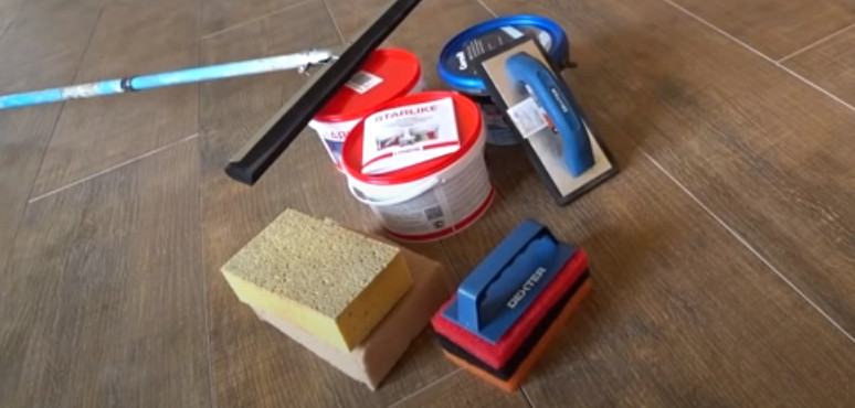 Инструменты и приспособления для затирки швов