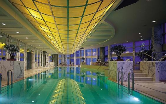 Отель «Grand Hyatt», Шанхай – бассейн