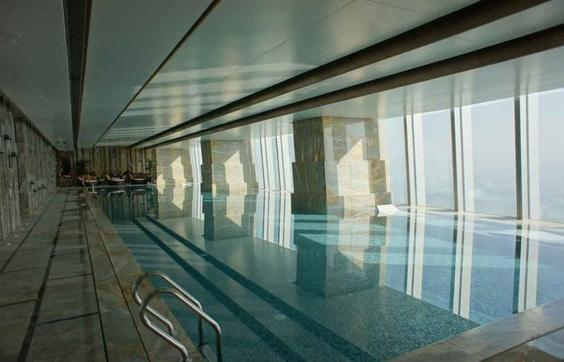 Город Шэньчжэнь – бассейн отеля