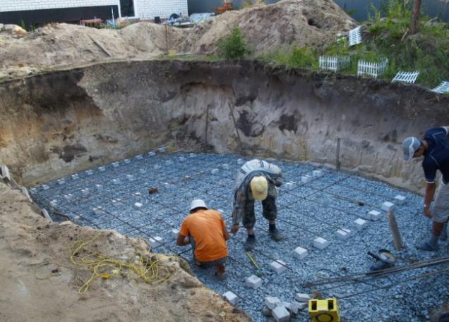 строительства бассейнов