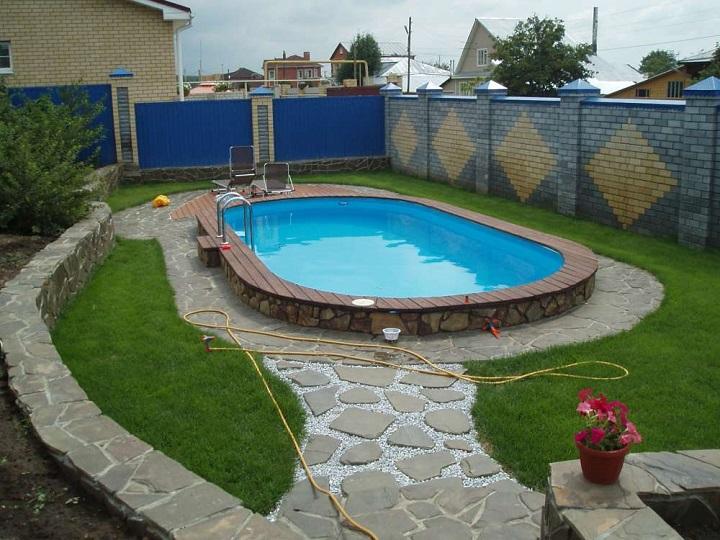 бассейн из бетона на даче 2