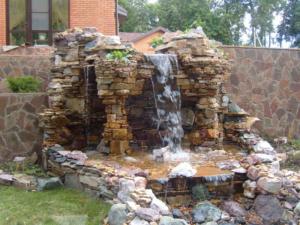 Как самому сделать альпийскую горку с водопадом на даче