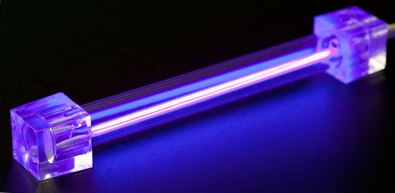 Использование ультрафиолетового спектра для очистки воды в бассейне