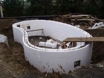 Пример строительства бассейна из пенопластовой несъемной опалубки