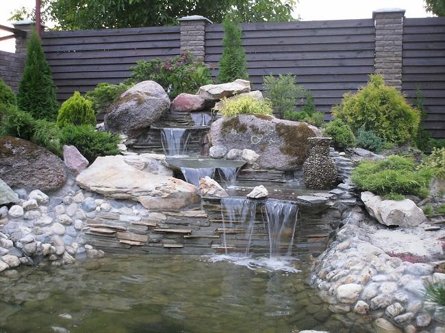 декорирование водопада растениями