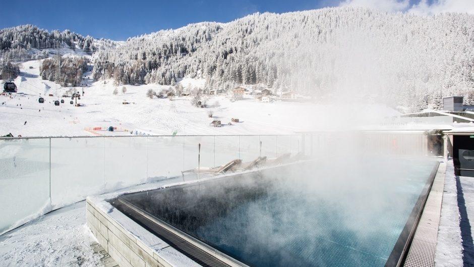 Теплый бассейн под открытым небом с подогревом цена, бассейн для купания зимой (2)